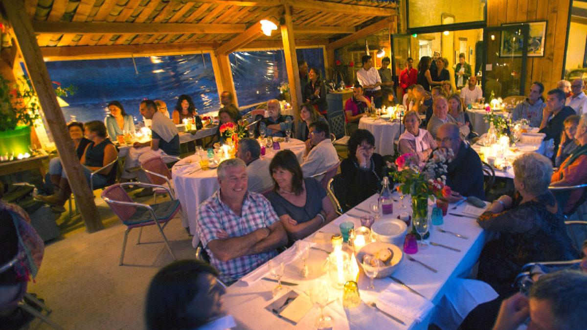 Une soirée sur la rerrasse du Jas de Péguier en Provence