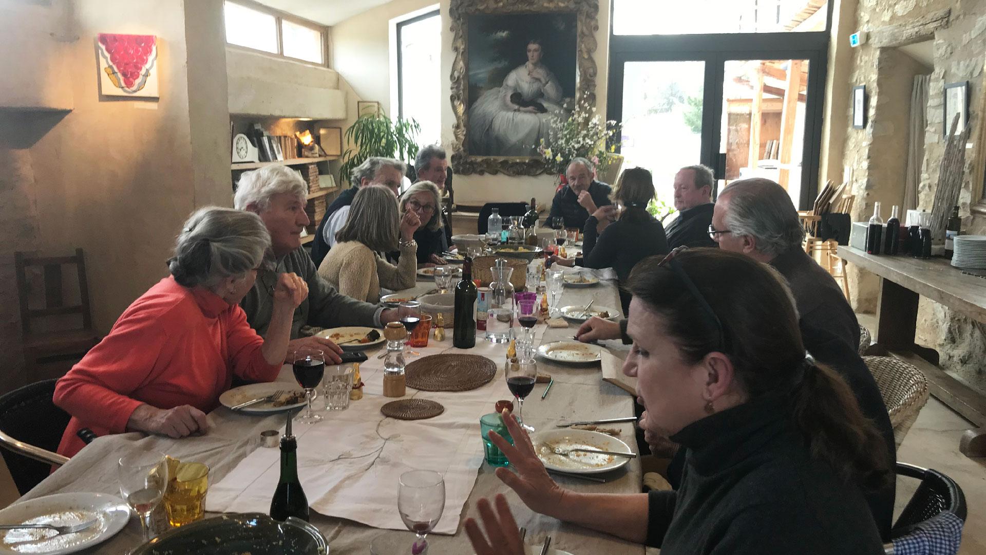 Réunion de famille au Jas de Péguier en Provence
