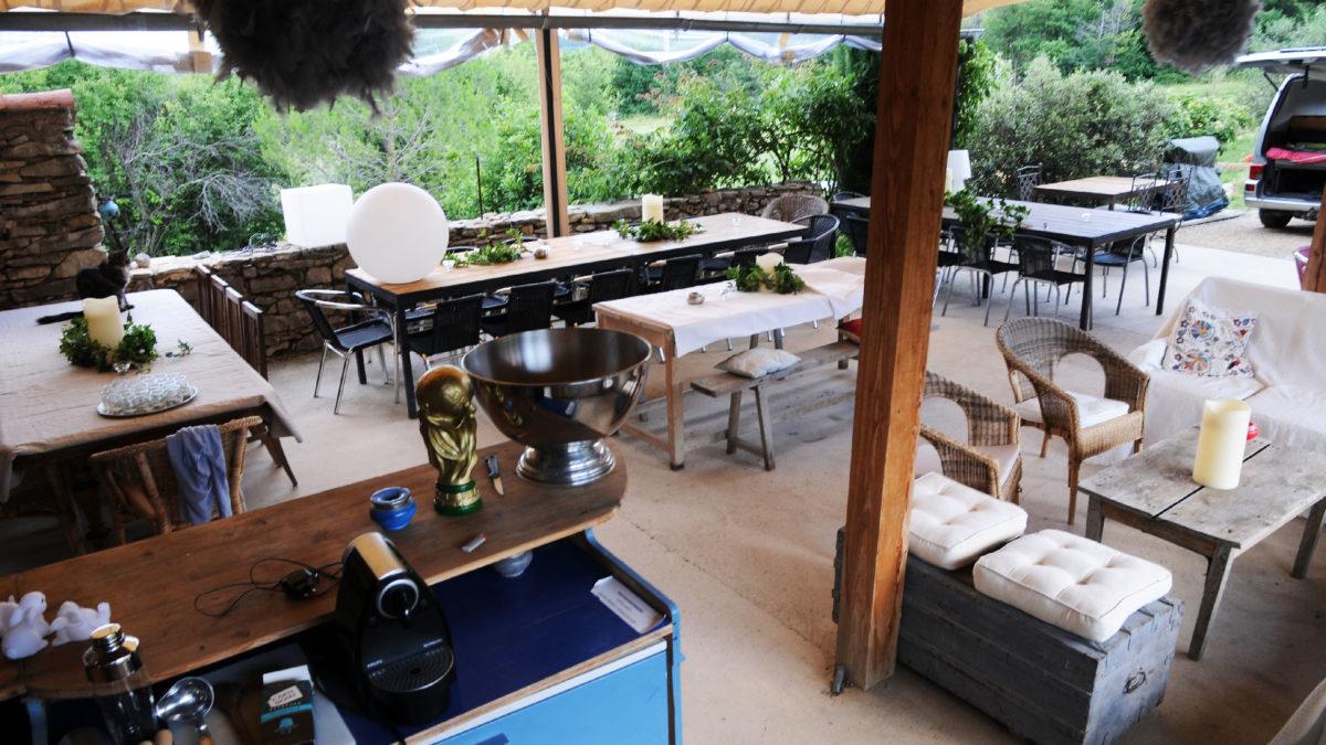 Le bar de la terrasse